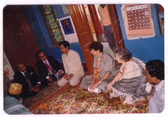 Ex President AhsanUddin Visiting Dayera Sharif with Foreign Delegate Members